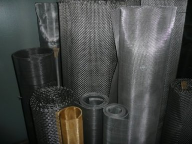 Nets from non-ferrous metals